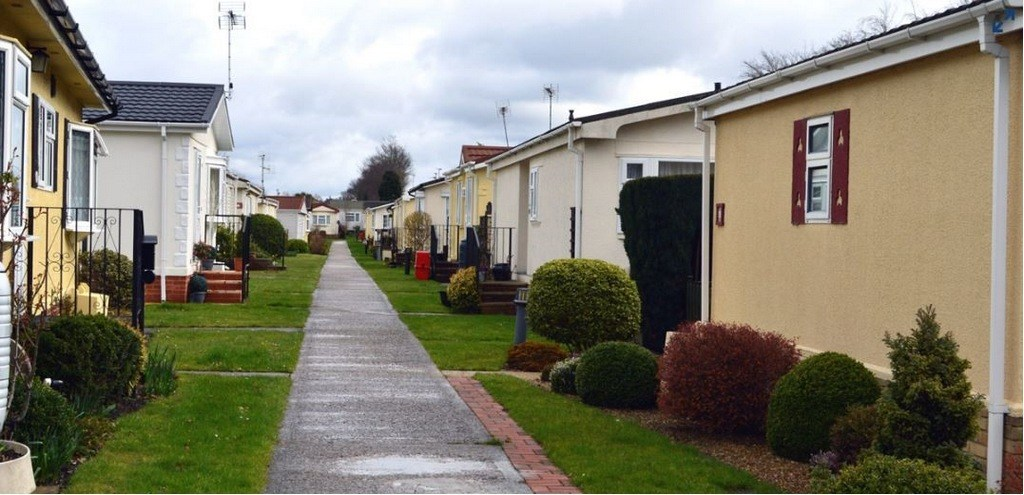 Residential park homes for sale Surrey