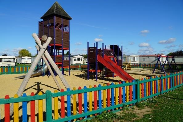 Dovercourt Holiday Park 6