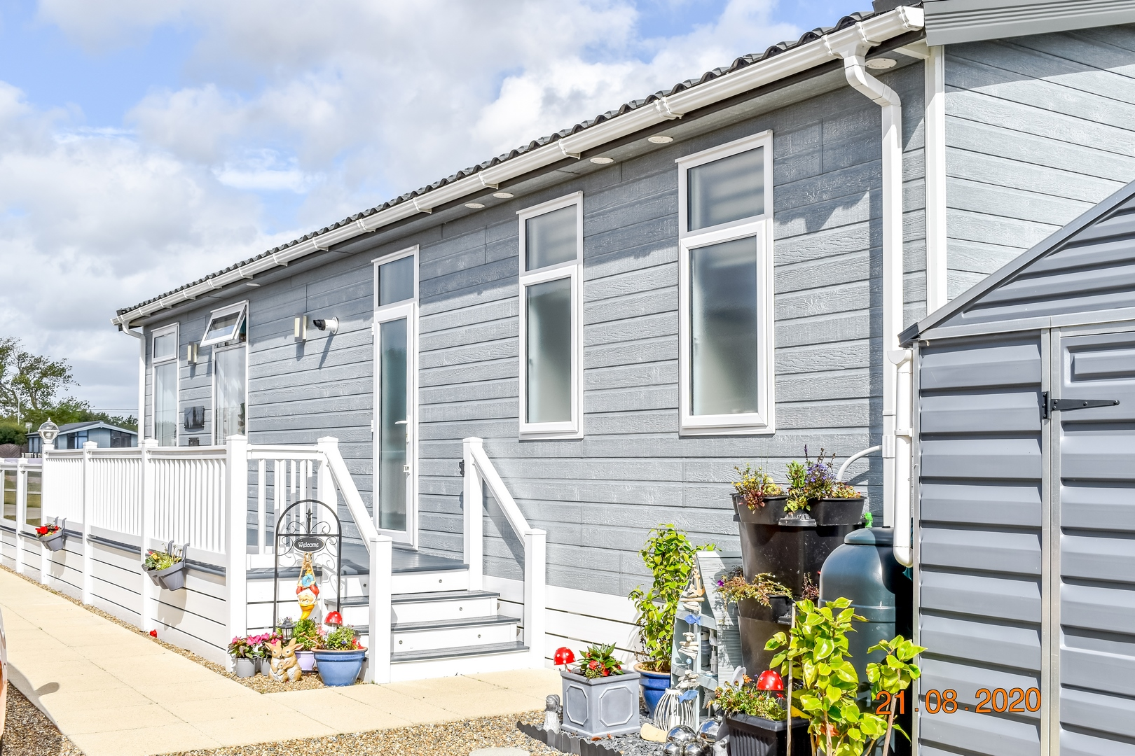 Image 2 of The Hollies Holiday Park, Suffolk