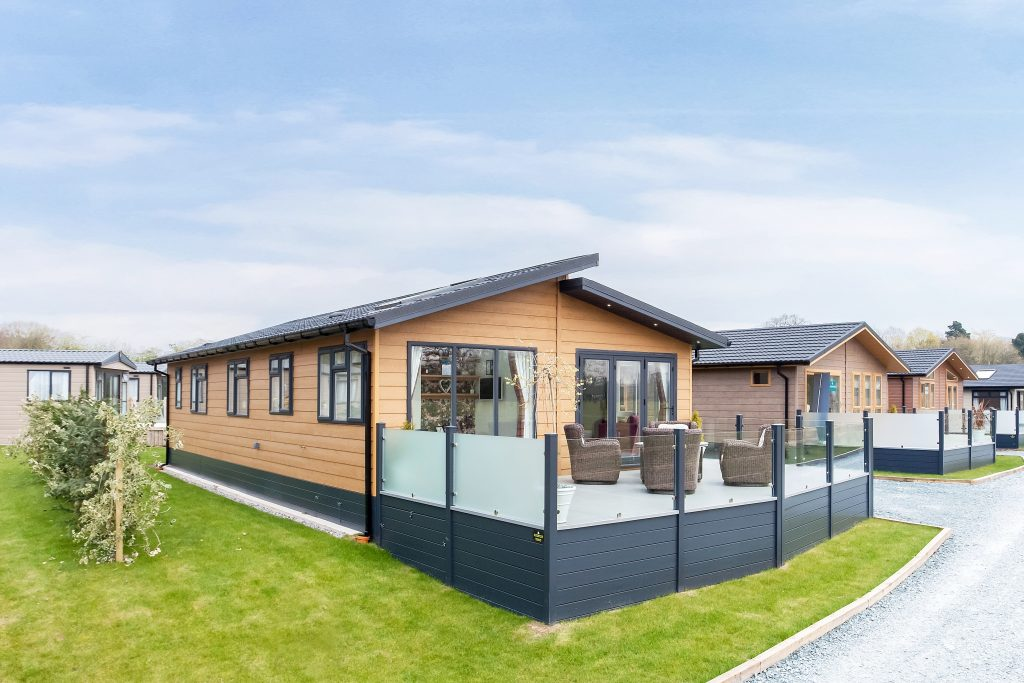 Ladera Retreat Lodges, Congleton